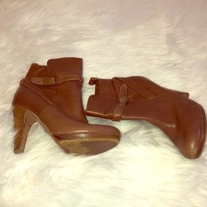 Aldo women's cognac booties
